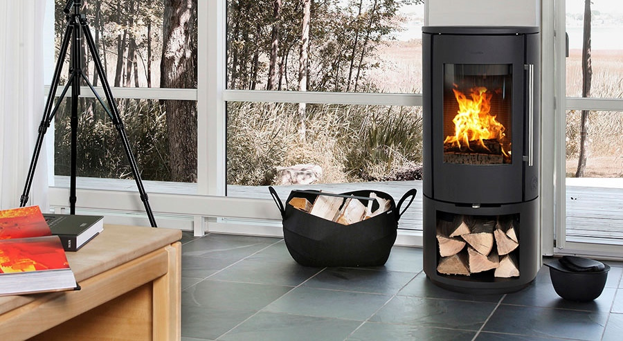 morso wood stove with log